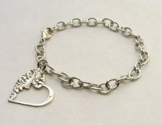 Emma bracelet for Motherrr 11-11