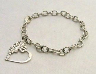 Emma bracelet for Motherrr 11-11