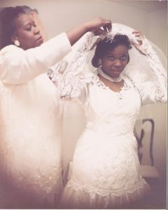 Mother-daughter-wedding-photo